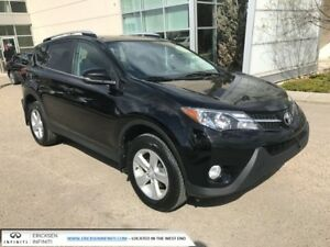 2013 Toyota Rav4 XLE/NEW TIRES/HEATED SEATS/BACK UP CAMERA/ACCID