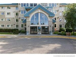 EXCELLENT CONDO WITH 2 BEDROOMS, 2 BATHROOMS!