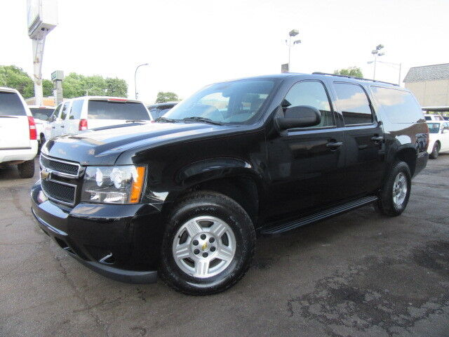 Imagen 1 de Chevrolet Suburban black