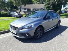 2015 VOLVO V40 CROSS COUNTRY 2.0 D AUTOMATIC WITH ALL POSSIBLE OPTIONAL EXTRAS INC GLASS ROOF ++++++