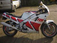 YAMAHA FZR 750 CLASSIC MOTORCYCLE-1987 MODEL