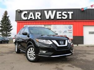 2017 Nissan Rogue SV | PANORAMIC ROOF