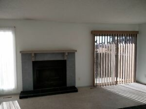 Millwoods townhome 3 bed 1.5 bath 1172 Sq ft