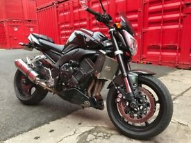 Yamaha fz1 naked r1