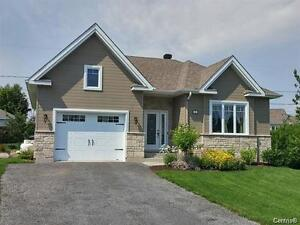 Superbe cottage - St-Jean-de-Matha - 18632302