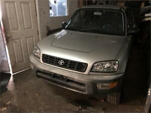 1998 TOYOTA RAV4 AUTOMATIQUE CLIMATISEE 4CYLINDRES PROPRE