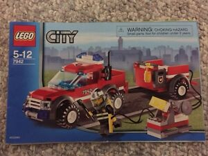 Lego City Fire Station and Fire Truck and Fire Boat Kitchener / Waterloo Kitchener Area image 6