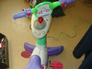 Fisher Price Mattel Smart Cycle Learning Bike