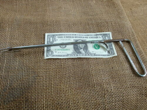 vintage Hank Shawhans Out O Matic fish hook remover