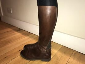 Russell & Bromley brown long leather boots size 40 (6.5)