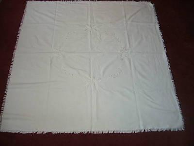 Quadratische Tischdecke mit 2 passenden Stoffservietten