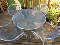 METAL GARDEN TABLE & 4 CHAIRS SET - EXCELLENT CONDITION
