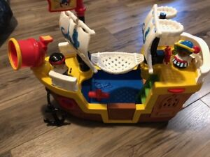 Boat toy