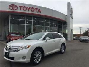 2011 Toyota Venza AWD Touring * SUNROOF, BACK UP CAM, LEATHER *