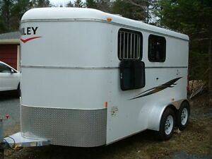 2 horse slant horse trailer with tack. excellent shape