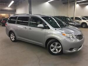 TOYOTA SIENNA LE 2011/ CAMERA / 8 PASSAGERS / 138000KM!