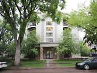 BEAUTIFUL 2-BDRM CONDO WITH 2 HEATED PARKING IN QUEEN ALEXANDRA