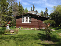 Cabin for rent by beach, store, playground  10 min. from Gimli
