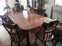 Solid Wood Dining Room Table & Chairs