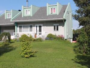 BORD RIVIÈRE - JONQUIÈRE - 5 c.a.c.