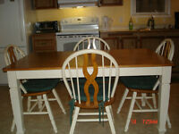 Solid wood antique cream table & 4 chairs, wood top & back chair