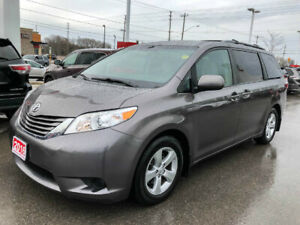 2016 Toyota Sienna LE-ONE OWNER+NEW TIRES!