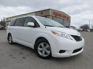 2014 Toyota Sienna LE 8 PASS, BT, HTD. SEATS, 33K!