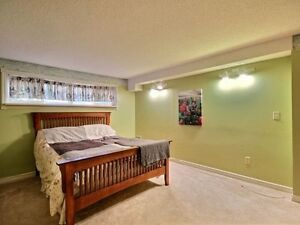 Fantastic 3 Bedroom House Located In Beautiful West Oak Trails! Oakville / Halton Region Toronto (GTA) image 7