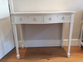 Waring and Gillow antique dressing table.