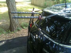 Support à vélo pour voiture
