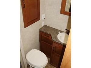 **$115 b/w (oac)** 4919 lbs, TRIPLE BUNKS, SLIDE, EXT KITCHEN! Edmonton Edmonton Area image 19