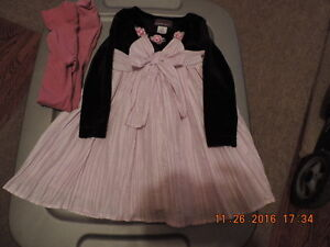 Girl's Size 2T Holiday/Party Dresses & Tights London Ontario image 2