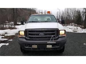 2004 Ford F-450 4X4 DUALS DIESEL SERVICE BODY 136,000 KM $19,900 Prince George British Columbia image 5