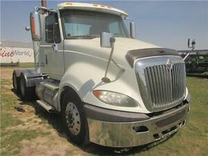 2009 International Prostar Grain Truck