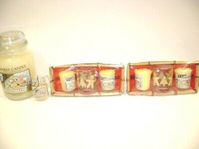 Lot Yankee Candle CHRISTMAS COOKIE 22 oz ,(2) Votive Candle Basket & Fragrance