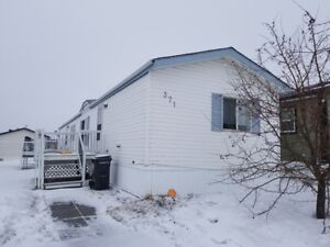 #5311- 3 Bed/2 Bath Mobile Home for Rent!