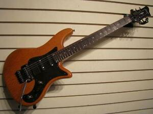 Schecter. Guitare électrique. -- 582245