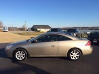 2003 Honda Accord EXL Low Mileage!!