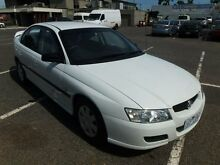2004 Holden Commodore VZ Executive White 4 Speed Automatic Sedan Maidstone Maribyrnong Area Preview