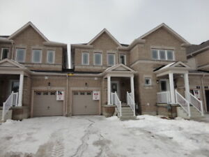 Townhouse for rent in orillia. Brand new unit!