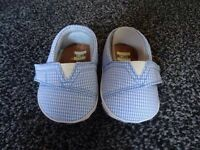Infant Toms Size 1