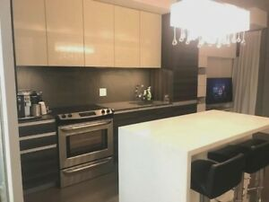 1 Br | 1 Wr | Parking | Locker | Avail Now | 8 Gladstone