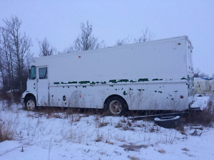 2000 Ford Econoline E 350 SD Cargo Ext Fuelled by Propane