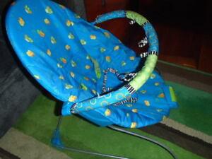 chaise de bébé  musicale vibrante - vibrating musical baby chair