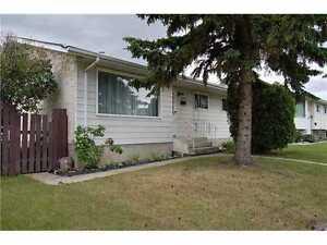 16504 100 Street - 2 Bedroom Lower Level Suite Edmonton Edmonton Area image 1