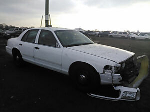 2009 FORD CROWN VIC POLICE INTCPTR - PARTS ON SALE NOW! HURRY IN