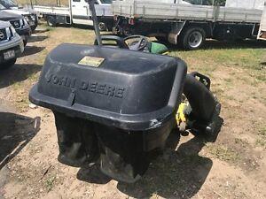 2009 JOHN DEERE X540 Mower