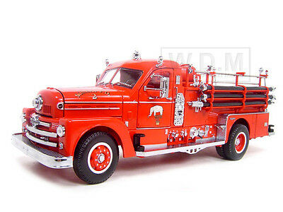 1958 SEAGRAVE 750 FIRE ENGINE TRUCK RED W/ACCESSORIES 1/24 ROAD SIGNATURE 20168 ()