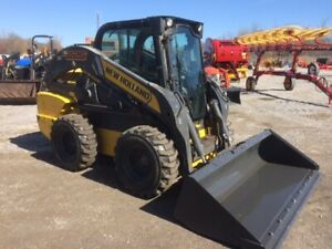 New Holland L225 Skidsteer loader