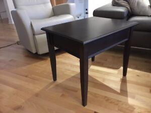 2 TABLES DE SALON À VENDRE
